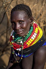 Nyangatom lady - Ethiopia (Steven Goethals) Tags: ethiopia ethiopie ethiopië etiopia tribe tribal portrait girl ethnic nice beautiful ethnology ethnique culture tradition tribo face tribes visage travel human explore east africa people peoples adventure black skin afrique de lest valley goethals steven lokatepan nyangatom necklace westomo colorful kangate fuji fujifilm xseries xt2 xf56