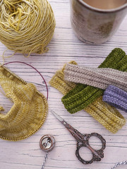 (Mary Jane's TEAROOM) Tags: knitting sockyarn worktable workspace maryjanestearoom yellow gold harvest lavender bearscarves