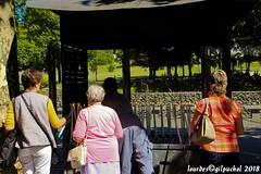 Lourdes 136-A (José María Gil Puchol) Tags: aquitaine basilique catholique cathédrale cierge eau eaumiraculeuse fidèle france handicapé jeanpaulii josémariagilpuchol lourdes paysbasque pélèrinage religion