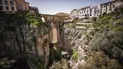 Fear of heights. (j૯αท ʍ૮ℓαท૯) Tags: pont bridge puente ronda paysage landscape architecture andalucia andalousie spain espagne