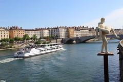 Les quais (Fleur Vintage) Tags: lyon quais france french river landscape mycity frenchcity sun beauty girlphotographer photography good city simplicity