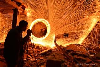 Una de esas noches que están que echan chispas y tú estás ahí para capturar ese instante . #ligtpainting #largaexposicion ##chiapas #noche #fotografo #ruinas #pasion #fotografiaartistica #fotografianocturna  #fotografiadeldia #photoaventurero #longexposit