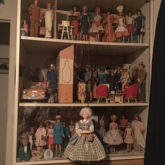 Easter party in the doll room (Fussywickett) Tags: dollroom skipper diorama fashion doll antique huret barbie