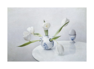 tulips and egg