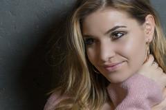 Lynn (Suissecoach) Tags: lynn portrait beauty girl face model