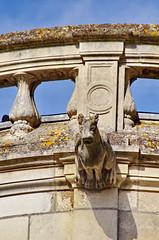 1348 Val de Loire en Août 2017 - Tours, le cloître de la Cathédrale (paspog) Tags: tours france valdeloire cathédrale cathedral kathedral 2017 gargouille gargouilles gargoyles gargoyle