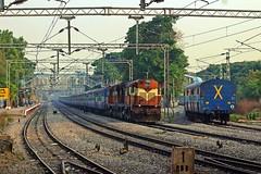 JP - HYB Exp. (B V Ashok) Tags: jaipurhyderabad jphyb 17019 express scr cavalrybarracks cvb kzj wdm3a kazipet alco 14017