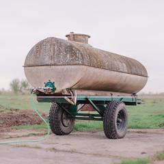 (matthiaswerner) Tags: farmer farming agriculture bauer bauernhof kühe cows water wasser tank landwirtschaft animal animals sachsenanhalt sachsen saxony saxonyanhalt canon 50mm deutschland germany