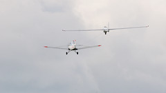 Tow (Arndted) Tags: mdmmdm1fox mdm1fox mdm1 mdm fox gustavsalminen piperpa25pawnee piper piperpa25 pa25pawnee pa25 pawnee eksjöflygdag2017 eksjöflygdag eksjö sweden sverige glider tow aircraft airshow airplane aviation nikon d300s sigma ex100300f4 flygplan segelflyg flight clouds