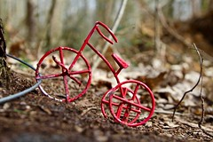 (Kabouter)Fiets / Nunhem (rob4xs) Tags: nunhem kabouters fiets kabouterfiets rood limburg nederland thenetherlands holland leudal staatsbosbeheer