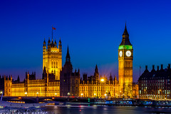 Home for the bewildered (Andrew Thomas 73) Tags: housesofparliment bigben riverthames twilight bluehour london