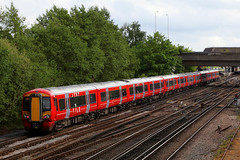 387225, 387224 & 387217, Gatwick Airport, May 12th 2017 (Southsea_Matt) Tags: 387224 387217 387225 class387 electrostar bombardier gatwickexpress londonvictoria westsussex england unitedkingdom spring 2017 may canon 80d 24105mm emu electricmultipleunit publictransport passengertravel railroad railway train vehicle