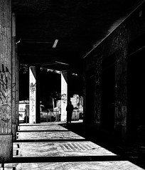 Tra Luci e ombre (alessandrochiolo) Tags: streetphotography street blackandwhite
