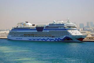 AIDAstella@Port Rashid, Dubai