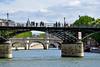 Pont des Arts (Pascal_t_ih) Tags: paris france pontdesarts seine fleuve city street bridge avril holidays