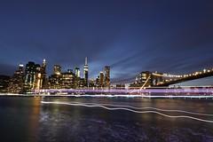 Brooklyn-Bridge by Night (trombone65 (PhotoArt Laatzen)) Tags: apsc canon tokina stativaufnahme stativ langisland manhattan brooklynbrigdepark 21042018 2018 usa langzeitbelichtung blauestunde nachtaufnahme fährterminal dumbo brooklynbridge brooklyn newyork
