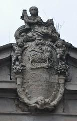 Astorga (León-España). Hospital de San Juan Bautista. Escudo religioso (santi abella) Tags: astorga león castillayleón españa heráldica escudos