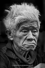 Portrait 3/serie People don't Cry (http://pankeshon.photodeck.com) Tags: asia france indochina indochine nb northvietnam pankeshon pankeson pankéshon paris people photo portrait southeastasia southeastasiapeople sudestasiatique vietnam blackandwhite face gens jlpks1gmailcom monochrome nord picture visage