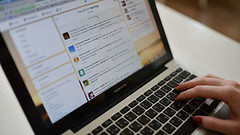 """""""¡No soy una máquina!"""": Dos usuarios identificados por Londres como 'bots rusos' se defienden (psbsve) Tags: noticias curioso movie interesante video news imágenes world mundo información política peliculas sucesos acontecimientos entertainment"""