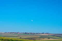 Sous la Lune, Sullens (axel274) Tags: bussigny cossonay d3400 nikon vufflens sullens lune moon paysage landscape vaud suisse schweiz switzerland nikonpassion