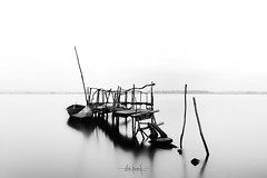 Against the tide (RuiFAFerreira) Tags: aged beauty bw black wide white waterscape water river pier portugal aveiro boat light landscape longexposure canon