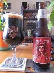Dieu du Ciel Péché Latté (Quevillon) Tags: dieuducielpéchélatté dieuduciel imperialstout beer bière glass bouteille bottle ratebeer péchéday
