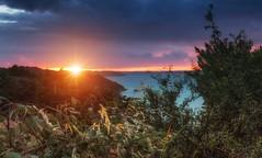 Sunset Bretagne (zqk09) Tags: france bretagne cote landscape paysage nature sun sunset mer eau falaise canon seascape cloud nuage sky ciel sombre