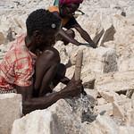 Lavoratori tagliano il sale