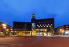 Focus filmtheater @Arnhem (nldazuu.com) Tags: bluehour blauweuur burgerlijkeschemering voorjaar arnheim focusfilmtheater avondfotografie nldazuucom arnhem nldazuufotografeertcom davezuuring eusebiuskerk lente blauwekwartier gelderland landvandemarkt kerkplein arnhemcentrum