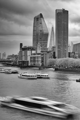 Thames River Boat (Solas beag) Tags: thamesriverlondon shard london water boat bw blackandwhite leendfilter silverefexpro2 xrawstudio fujifilmxt2 fujifilmxf1855mmf284ois availablelight theshard