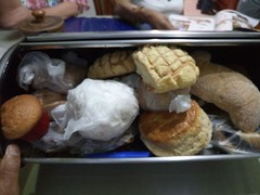 Mexican breads. (yaotl_altan) Tags: mexicanbreads bread pan pandulce panesmexicanos panimessicani pani pane brot pão хлеб mexikanischebrote pansmexicans painsmexicains pãesmexicanos