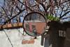 Generazioni di fotografi (Colombaie) Tags: pasqua piemonte novara faranovarese vacanza specchio stradale street autoritratto uomo maschio donna femmina io gabriella