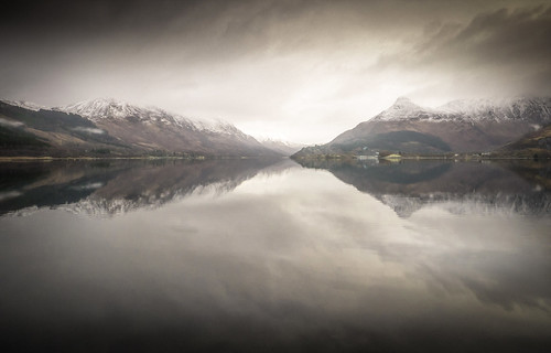 "Loch Leven • <a style=""font-size:0.8em;"" href=""http://www.flickr.com/photos/110479925@N06/39554330330/"" target=""_blank"">View on Flickr</a>"