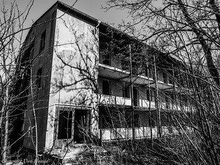 Lost Places Harz Ferienheim 042018 B&W 12