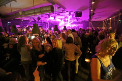 oldenburg BYBLOS REV MOLKEREI foto by OlDigitalEye 2018 03 24 0224-1 (oldigitaleye) Tags: oldigitaleye peterporikis deutschland niedersachsen lowersaxony canon oldenburg molkerei byblosrevivalparty byblos garyhenar party people event revival dancing girls hot