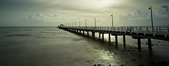3 seconds of sunshine on the Shorncliffe Pier (noompty) Tags: seascape shorescape jetty shornecliffe moretonbay contrejour pier brisbane queensland pentax k1 carlzeiss distagont2825 on1pics photoraw2018 2018 longexposure nd400