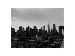 tetris (vfrgk) Tags: architecture skyline skyscrapers iconic nyc brooklynbridge wires suspensionbridge urbanlandscape landmark cityscape cityview urbanphotography urban blackandwhite bnw bw monochrome traffic citylife
