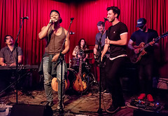 Coffee Shop Arena Rock 04/07/2018 #32 (jus10h) Tags: coffeeshoparenarock curtispeoples hotelcafe losangeles hollywood california live music concert gig event residency show performance showcase coffeeshop arenarock 80s 90s covers songs singers nikon d610 lowlight photography 2018 april justinhiguchi