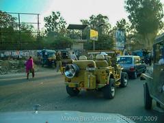 Jalandhar, Punjab (Malwa Bus Archive) Tags: 2009 india malwabusarchive punjab studio1937 travel jeep jalandhar transport traffic nh44 gtroad