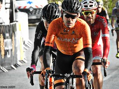 DSCN3964 (Ronan Caroff) Tags: cycling cyclisme ciclismo cyclist cycliste cyclists velo bike course race lannilis bretagne breizh brittany 29 finistère france coupedefrance trobroleon ribin ribinou dust mud boue poussiere men man sport sports avril april