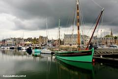 Paimpol (Yolanda Miel) Tags: bretagne brittany côtesdarmor paimpol harbor port boat bateau sea mer ciel sky nuage clouds city yolandamiel