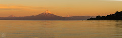 Panoramica Llanquihue (Takk Heima Fotografia) Tags: frutillar fotografia canon panorama atardecer sunset volcano osorno puntiagudo sur america love volcan llanquihue nd filter