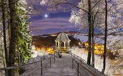 "Buchholzer Türmel bei klarer(er) Winternacht • <a style=""font-size:0.8em;"" href=""http://www.flickr.com/photos/91814557@N03/41207473472/"" target=""_blank"">View on Flickr</a>"