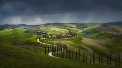 Tuscany (Raúl Podadera Sanz) Tags: tuscany toscana italy italia fields campo travel spring sanquiricod´orcia valld´orcia sangiminiano