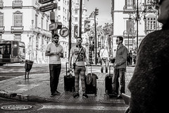 tourists on the move (Gerard Koopen) Tags: spanje spain malaga city people man men luggage tourist straat street straatfotografie streetphotography candid bw blackandwhite blackandwhiteonly fujifilm fuji xpro2 35mm 2018 gerardkoopen streetlife