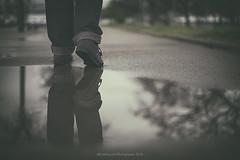 Mirror (Graella) Tags: shoes deportivas bambas people gente reflejo charco agua water spring lluvia rain reflection feet pies peus 52anonimos 52semanas primavera
