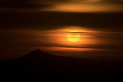 Pico Sacro (Feans) Tags: sony a7r ii a7rii fe 100400 gm sunrise mencer pico sacro boqueixon galiza galicia