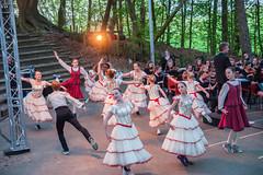 "Optreden jeugdorkest Artance en Balletschool Attitude 21 april 2018 • <a style=""font-size:0.8em;"" href=""http://www.flickr.com/photos/158237898@N06/41662868032/"" target=""_blank"">View on Flickr</a>"
