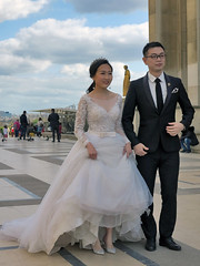 The Chinesel bride has a crown (pivapao's citylife flavors) Tags: paris france trocadero girl beauties wedding