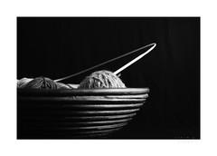warm up (light-square) Tags: warmup handarbeit hobby creative monochrome blackandwhite schwarzweis wolle wool handcraft